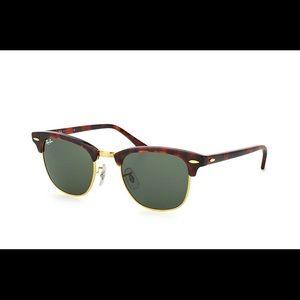 Ray-Ban Clubmaster Classic Tortoise Sunglasses